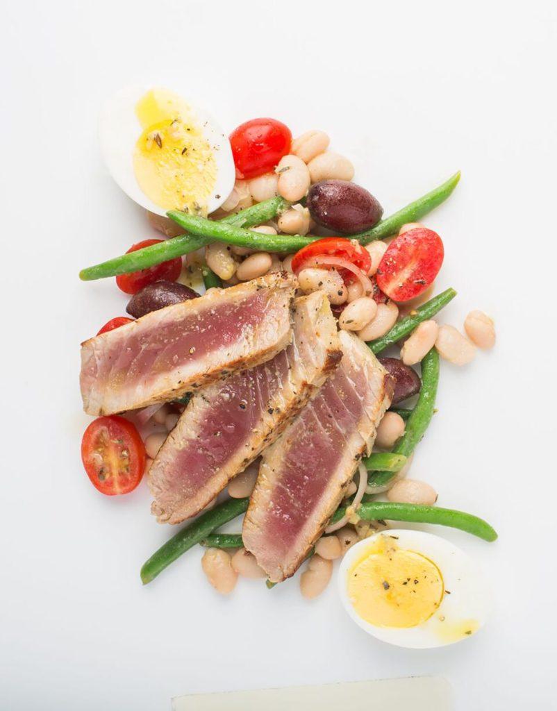 Seared Tuna with White Bean Niçoise Salad Gluten-Free Recipe